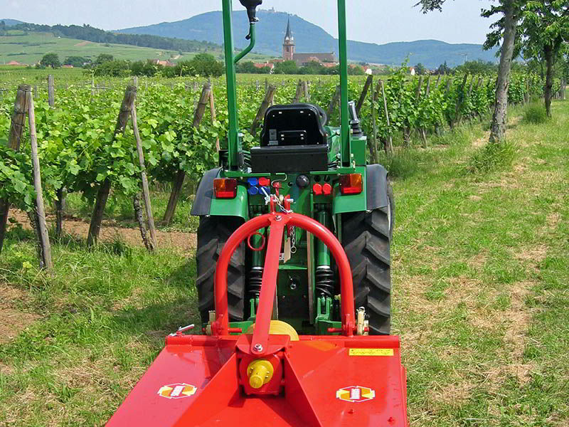 hkn-rotary-mulcher-universal-vineyards-and-orchards