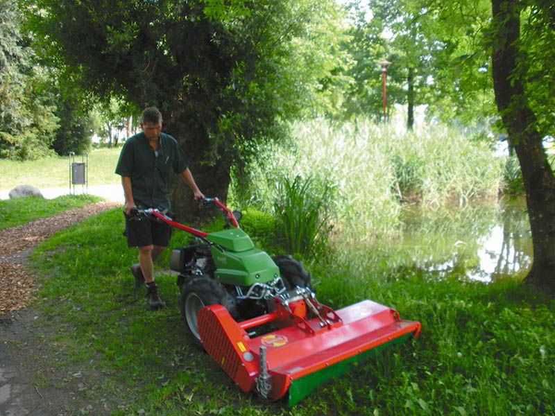 sme-flail-mower-care-of-sport-areas-and-parks