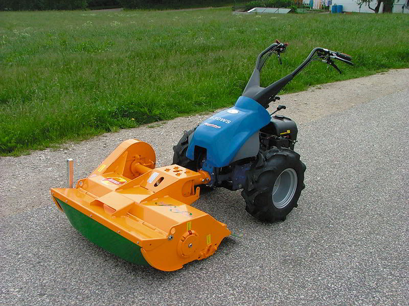 sme-flail-mower-roadside-greenery