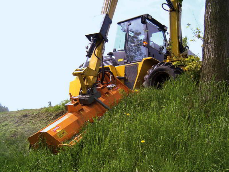 kma-heavy-duty-mulcher-wheel-loader-front-attachment-slopes